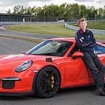 Walter Röhrl s'amuse au volant de la dernière Porsche 991 GT3 RS