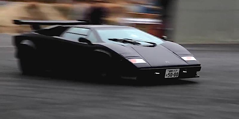 Lamborghini Countach… Avec 2 turbos, ça glisse !