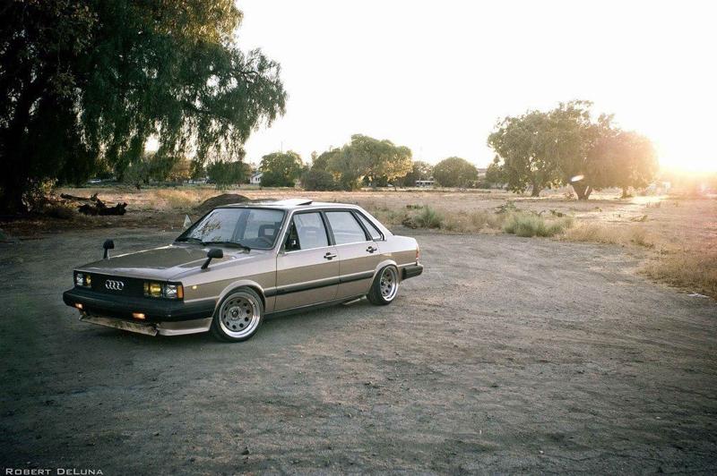 DLEDMV - Audi 80 Classic Stanced - 01