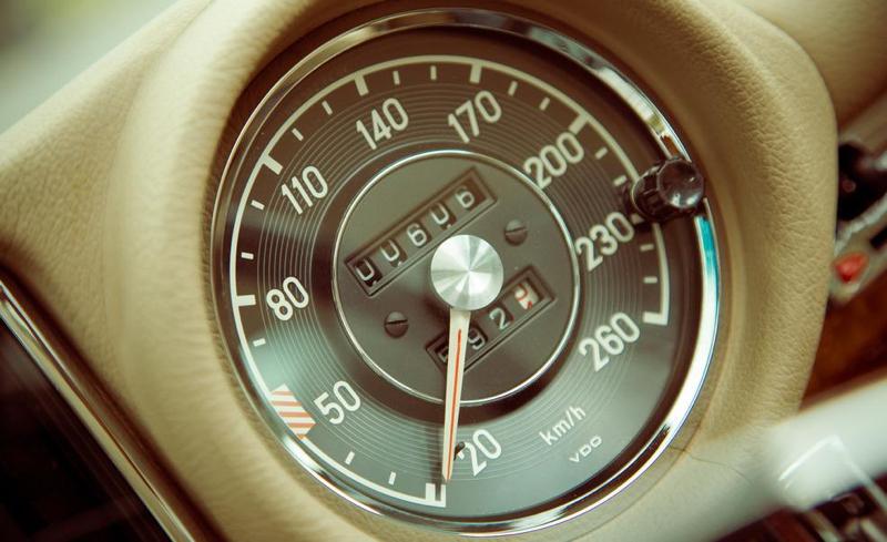 DLEDMV - Mercedes Benz 280 SE Mechatronik - 06