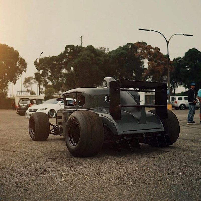 DLEDMV - Ford A Hot rod + F1 - 02