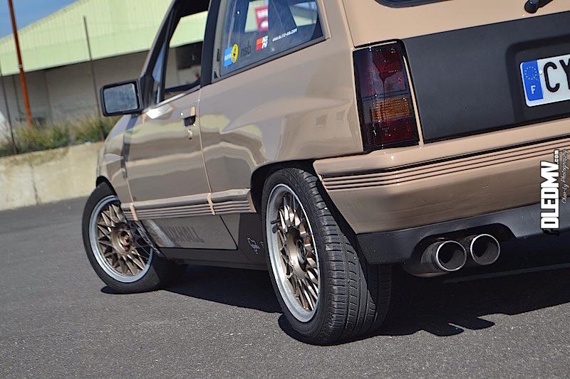 DLEDMV - Opel Corsa GSI 2.0 16v - Char-Ly - 04