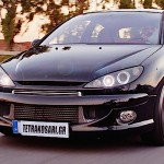 Peugeot 206 + Turbo = 450 ch...