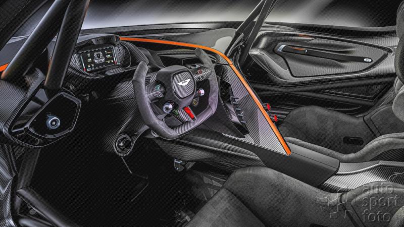 DLEDMV - Aston Martin Vulcan on track - 01