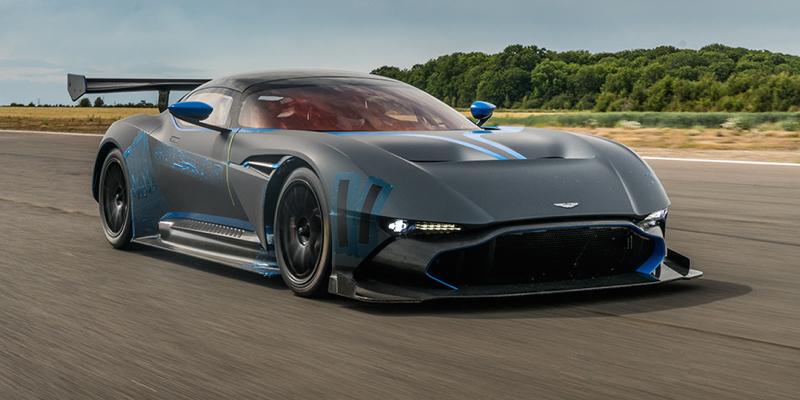 Aston Martin Vulcan – Et en plus elle chante !