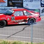 Hillclimb Monster : Ford Mustang V8... Par la portière !