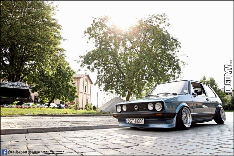 DLEDMV - VW Golf 1 blue full BBS - 002