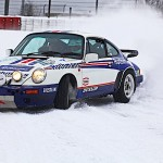 Une Porsche 911 SC/RS qui s'amuse sur le Nürb... enneigé !