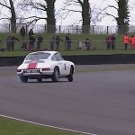 La Porsche 911... Goodwood transformé en école de drift !