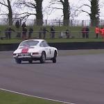 La Porsche 911… Goodwood transformé en école de drift !