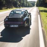 Embarquez pour un tour de Nürb à bord de la Porsche 964 Turbo...