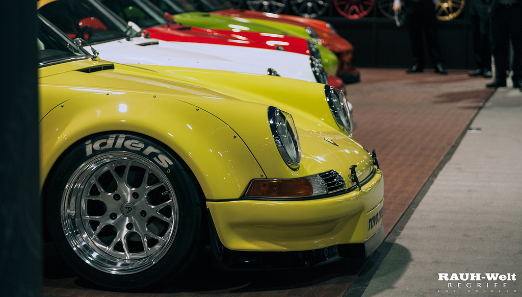 DLEDMV - RWB Porsche 911 Backdating - 01