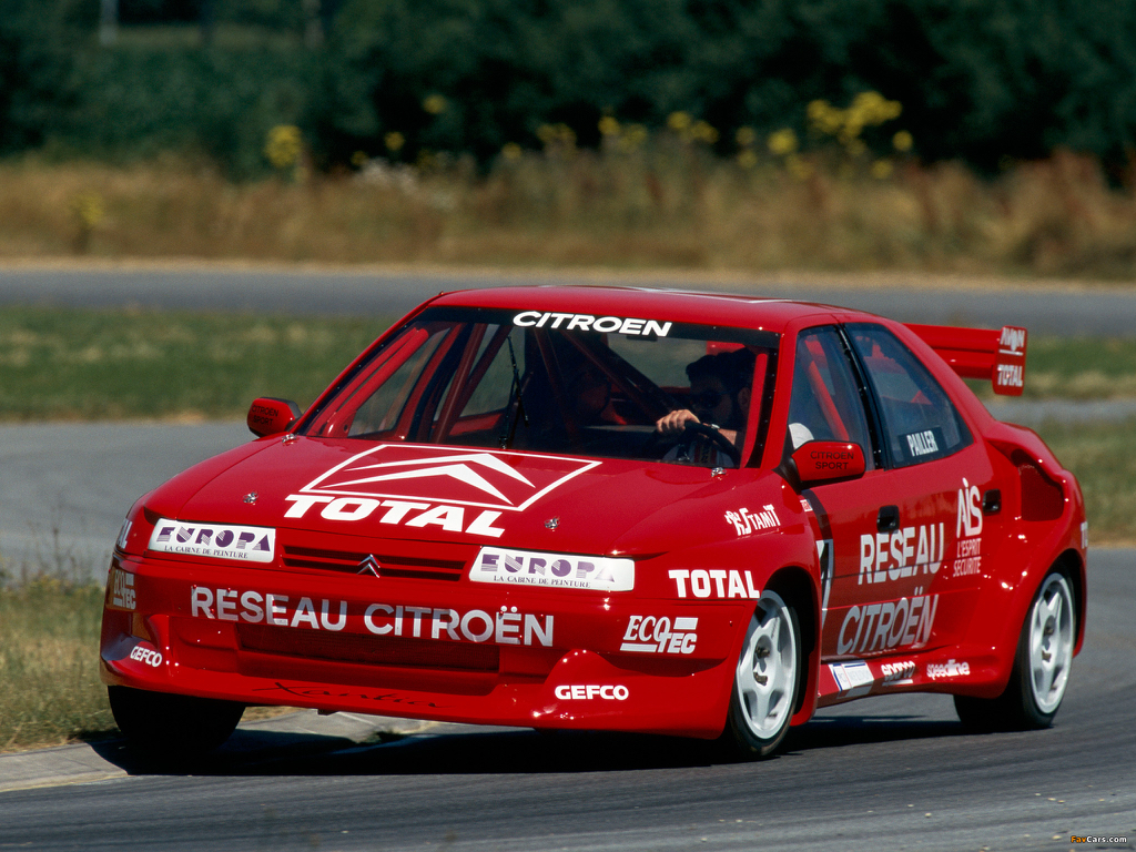 Lola T70 Mk3B 126977 further Cool Wallpapers additionally Amilcar C6 Voiturette also BMW Z4 GT3 as well 0416 Citroen Xantia Turbo 4x4 T16 Rallycross Essence. on car racing france