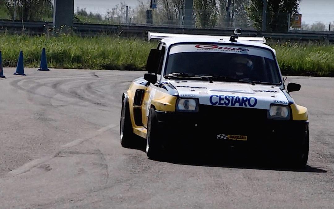 Renault 5 Maxi Turbo – Slalom à la bolognaise !
