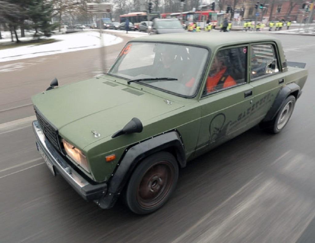 DLEDMV Lada V8 BMW 01