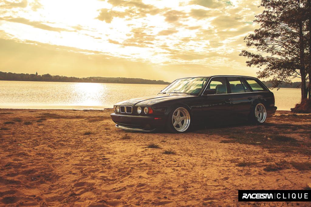 DLEDMV - BMW E34 Touring Slammed - 05
