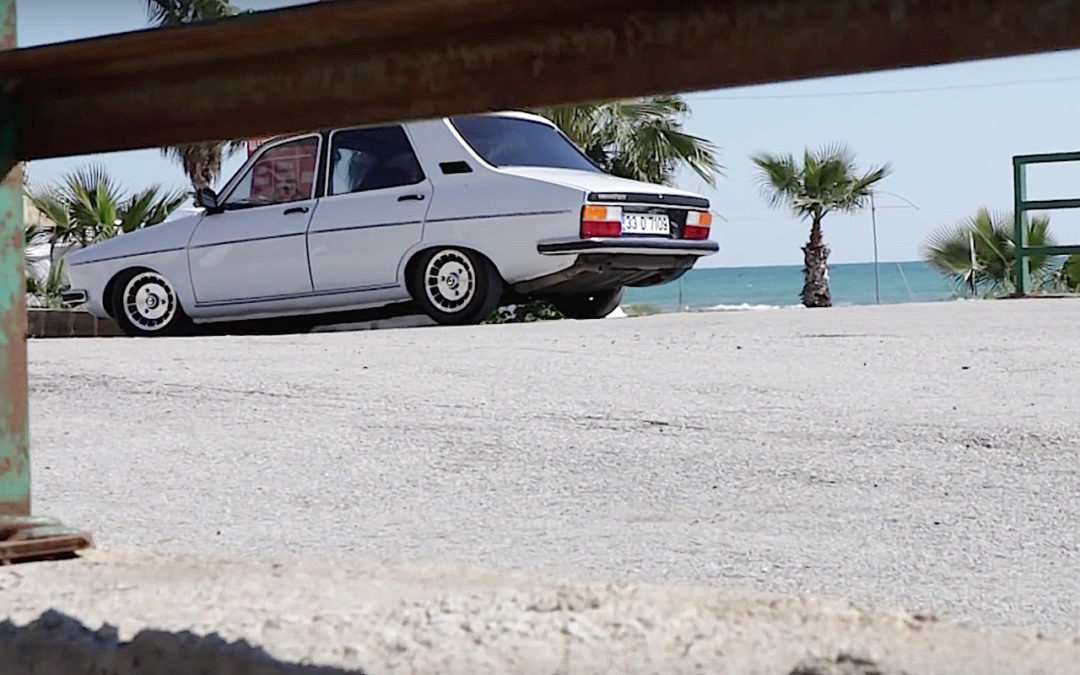 Low Renault 12… Stance discount !