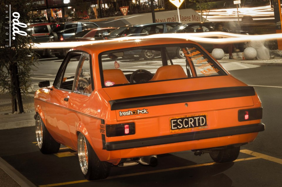 dledmv-escort-mkii-orange-01