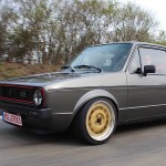 VW Golf 1 GTI 16v... Propre et énervée la p'tite !