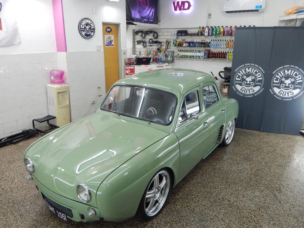Renault Dauphine ou plutôt IKA Gordini Turbo... Ay Caramba ! 1