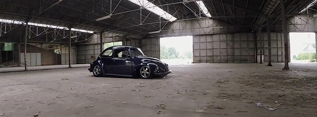 '73 Slammed VW Bug... Juste une Cox posée ! 3