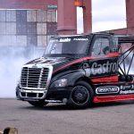 Size Matters... Drift XXL en Freightliner