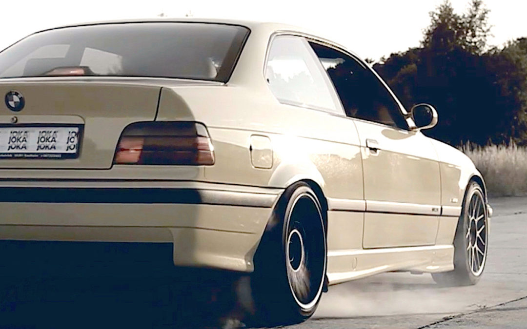 Supercharged BMW M3 E36… Fumeuse de pneus !