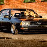 Slammed Audi 200 5T - En coussin d'air sur du BBS !