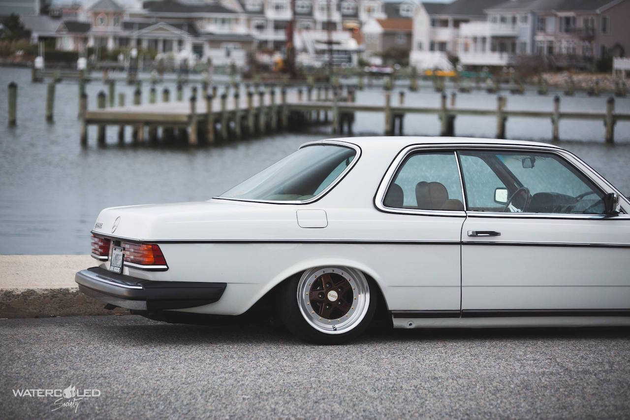 Mercedes 280 CE bagged... My classic is fantastic ! 3