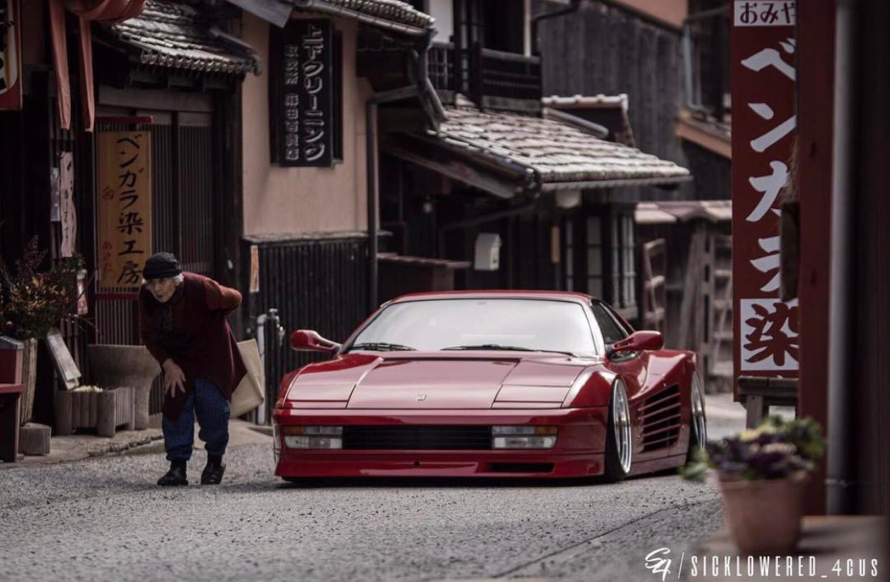 Ferrari Testarossa... Aïe, ça va encore piquer ! 4