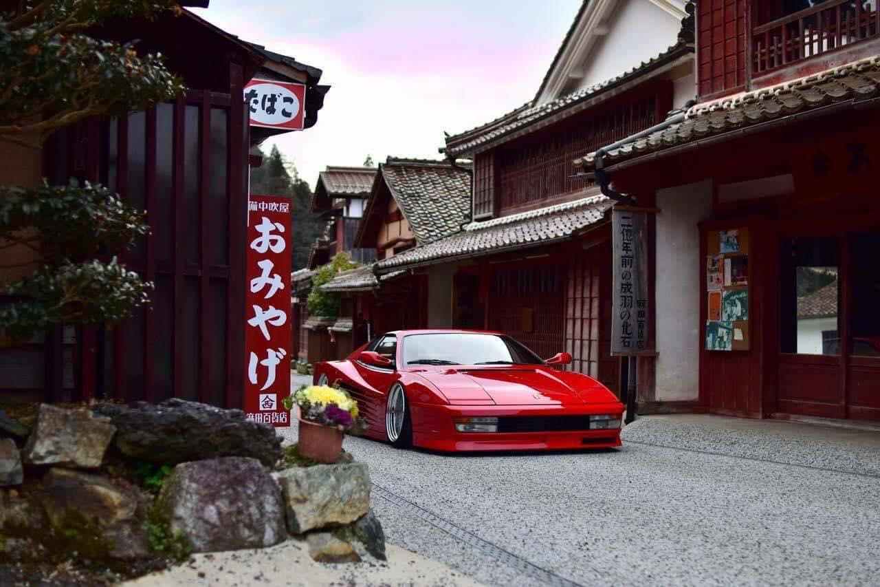 Ferrari Testarossa... Aïe, ça va encore piquer ! 2