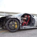 Street Gymkhana en demi-Ferrari !