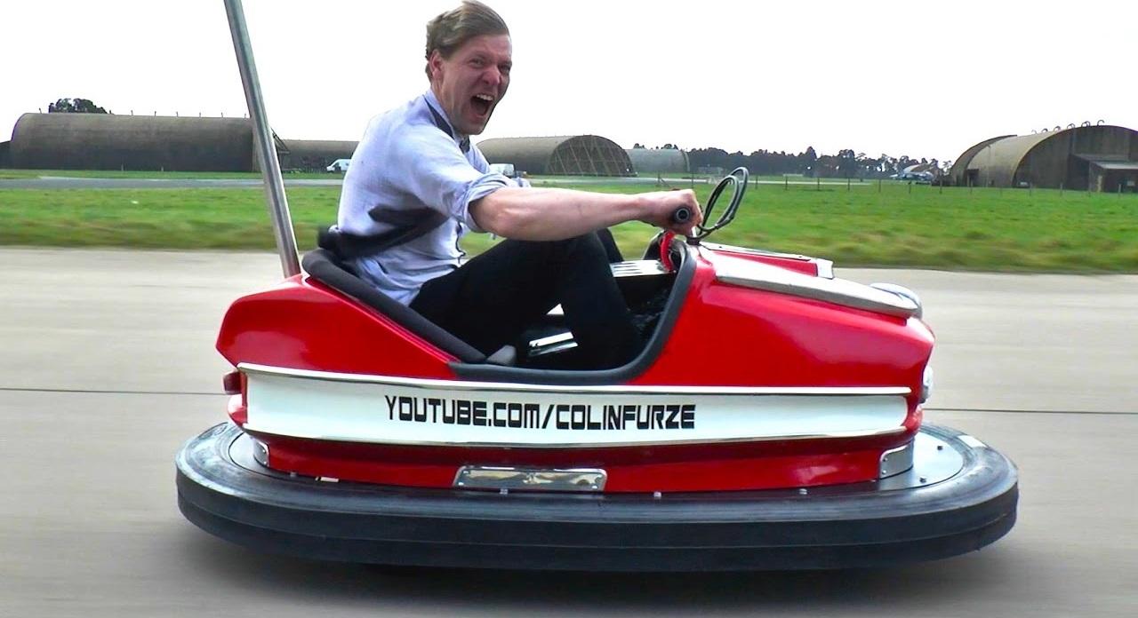 L'auto-tamponneuse la plus rapide du monde ! 1