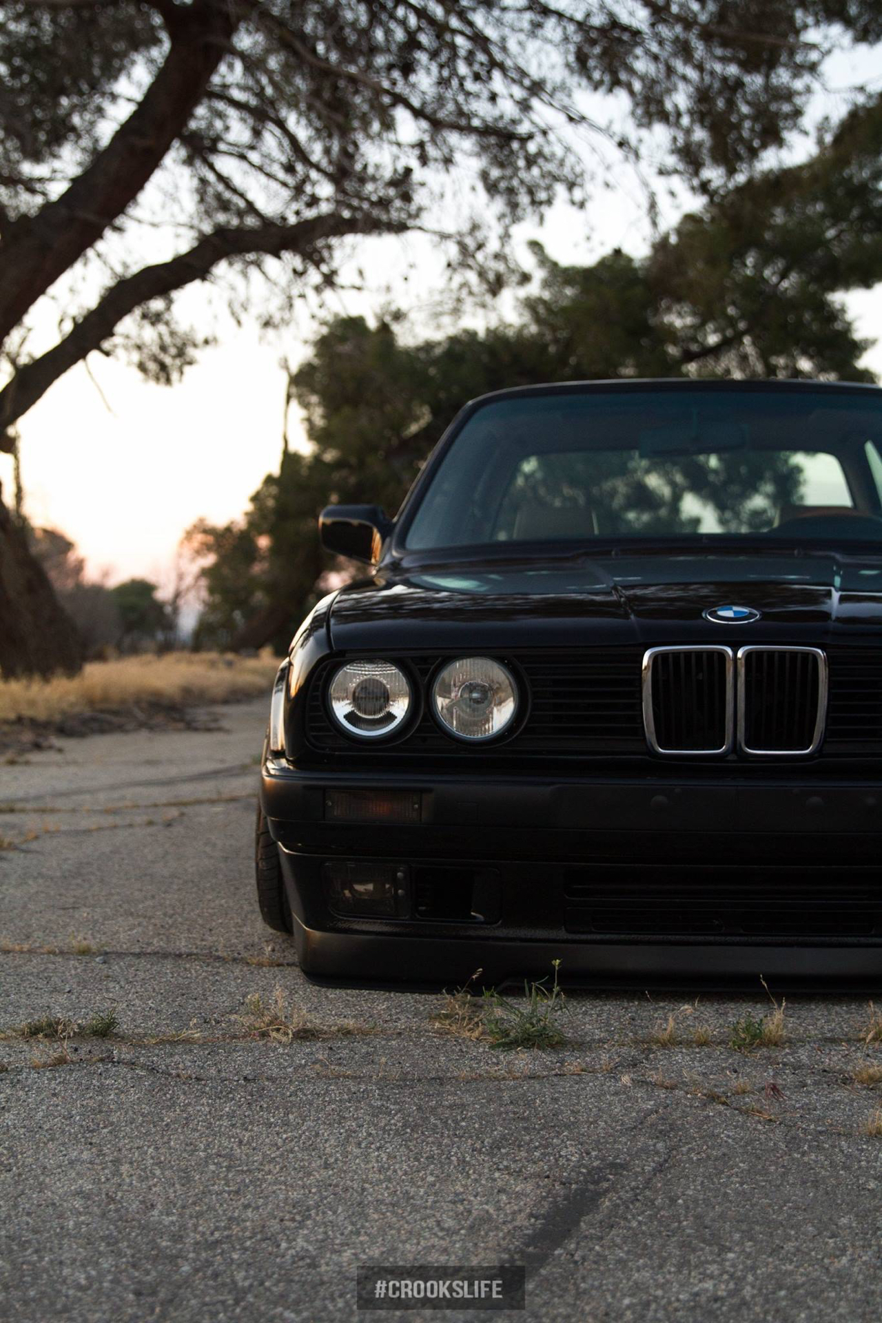 bmw e30 slammed en gotti de l 39 essence dans mes veines. Black Bedroom Furniture Sets. Home Design Ideas
