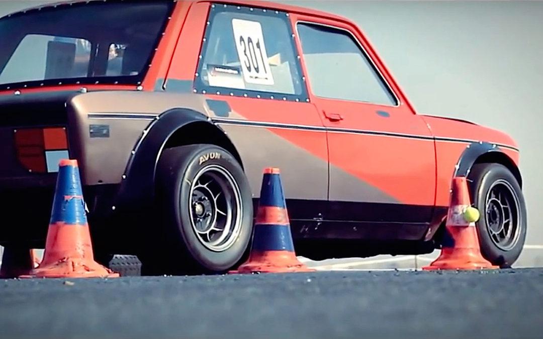 Fiat 128 Abarth – Slalom avec la caisse à mamie !