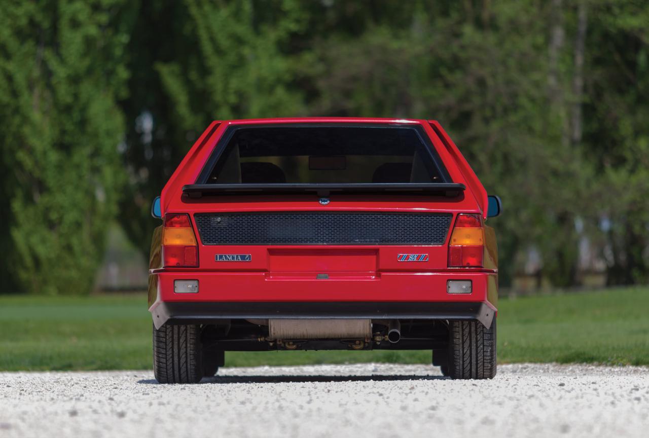Lancia Delta S4 Stradale... Turbo & compresseur ! 1