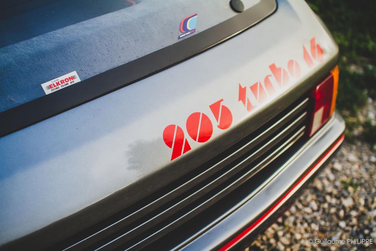 Peugeot 205 T16 - Le lion a bouffé de l'escargot ! 12