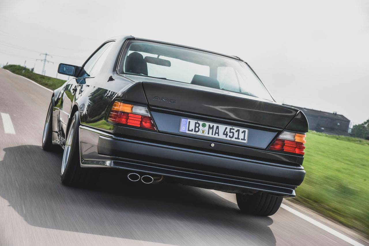 Mercedes 300 CE AMG 6.0 - Here come the Hammer ! 3