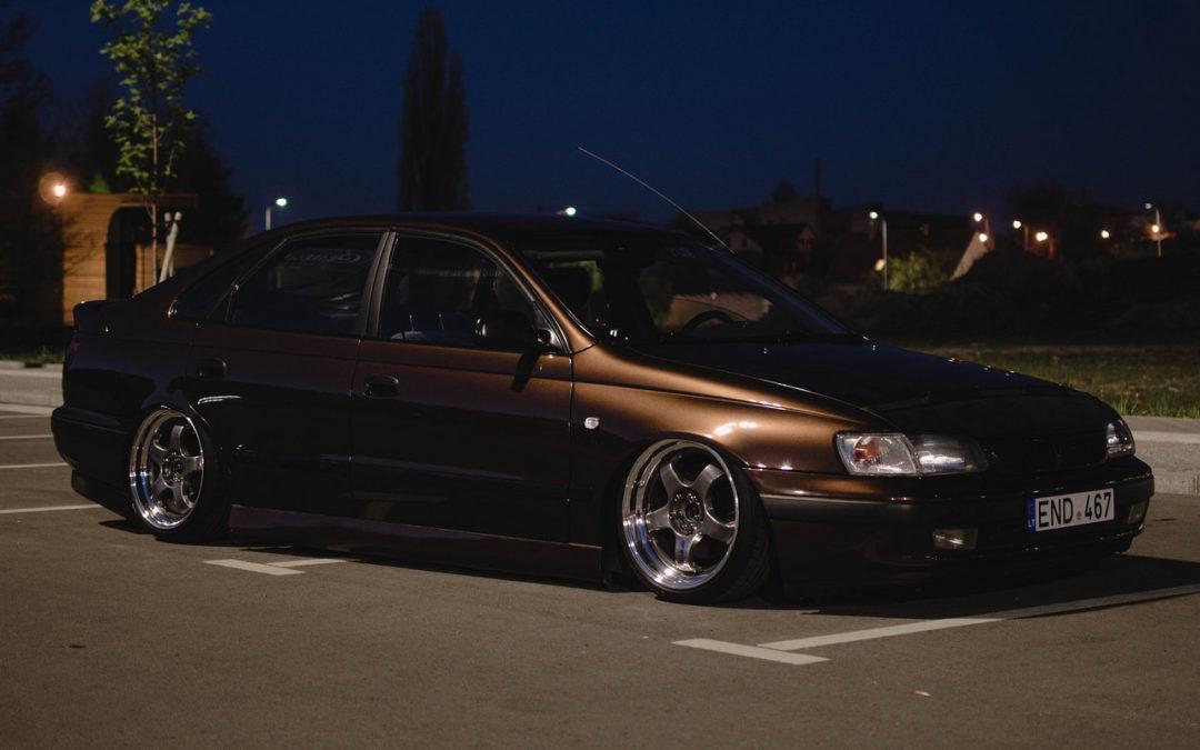 Bagged Toyota Carina E – Même les japs ont leurs beaufs !