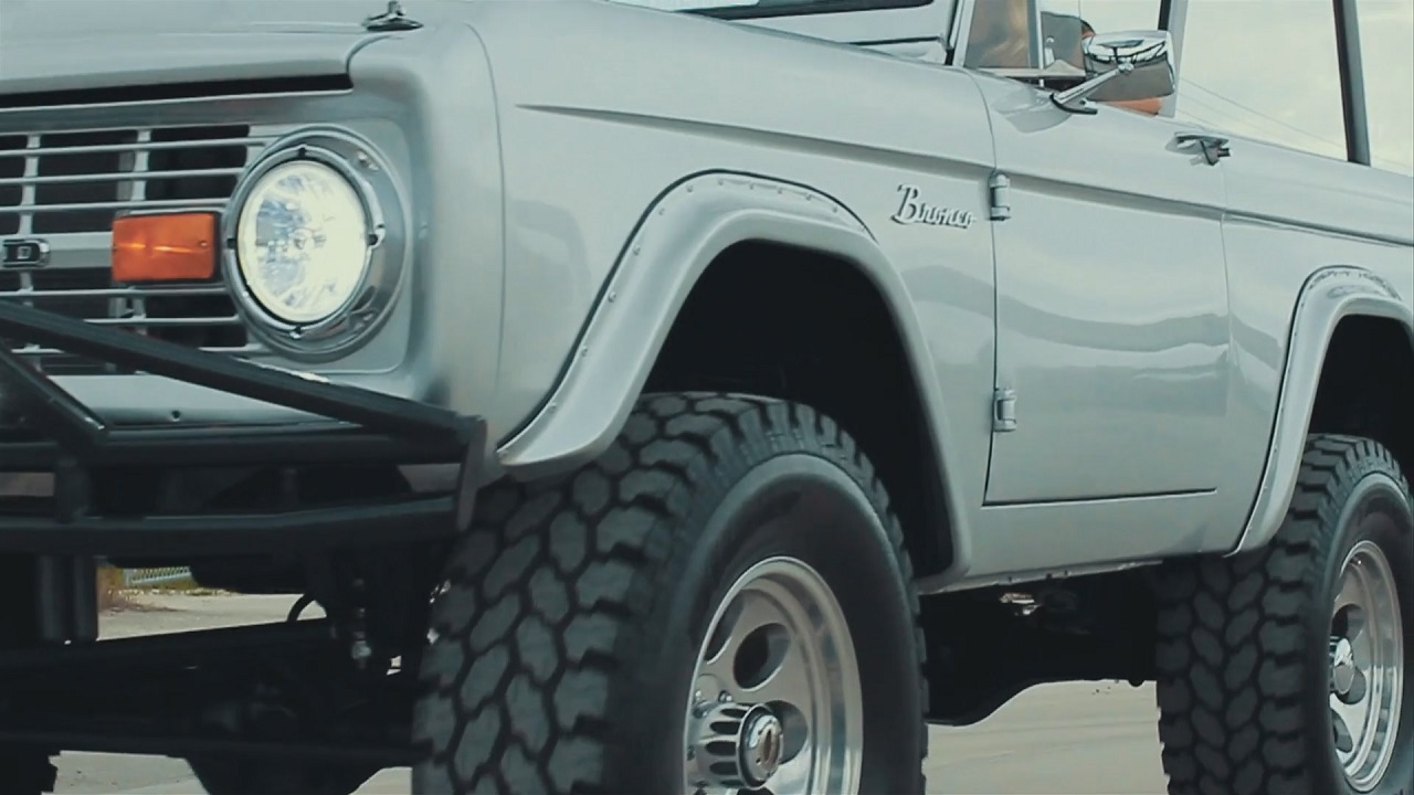 Coyote Ford Bronco - Musclé ! 1