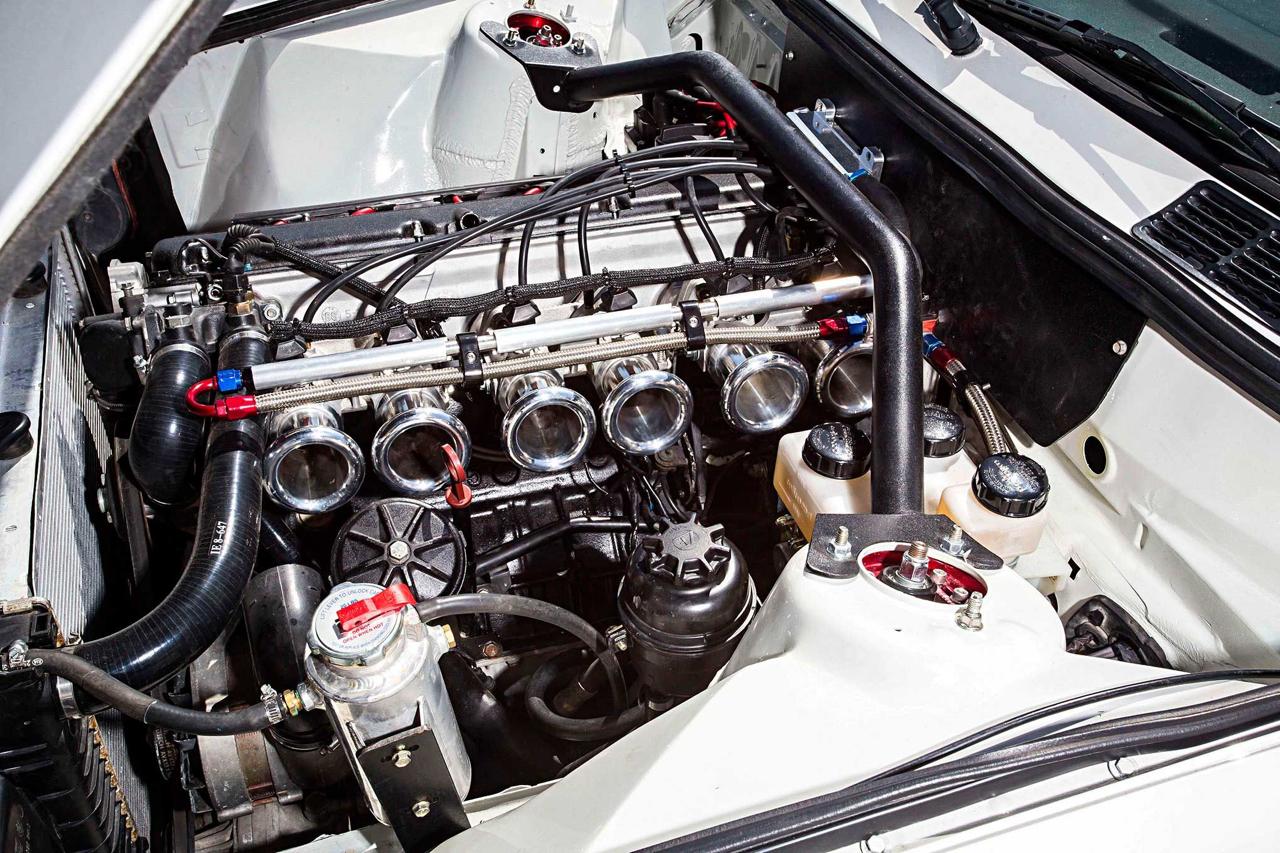 BMW E30 325is en Rocket Bunny... Musclé le lapin ! 2