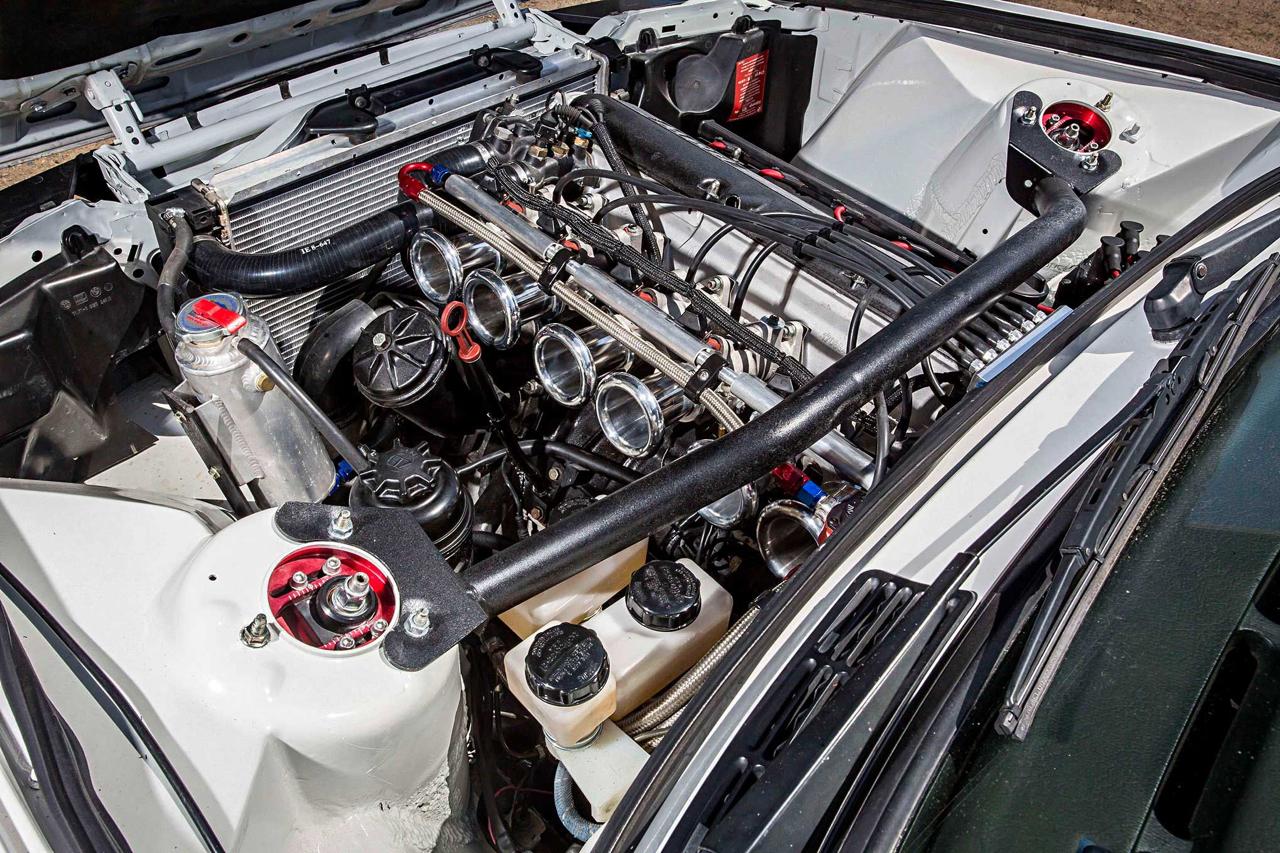 BMW E30 325is en Rocket Bunny... Musclé le lapin ! 10