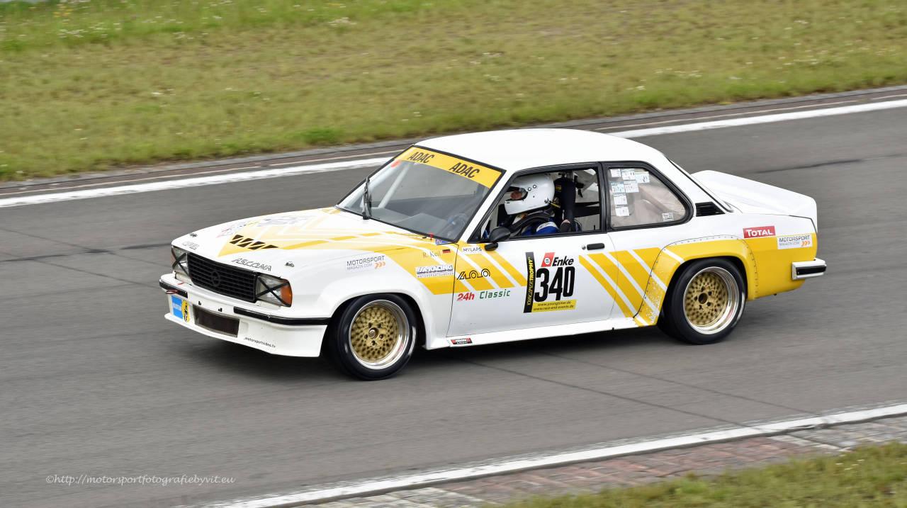 Youngtimer Trophy : Opel Ascona 400 en bagarre sur la Nordschleife 1