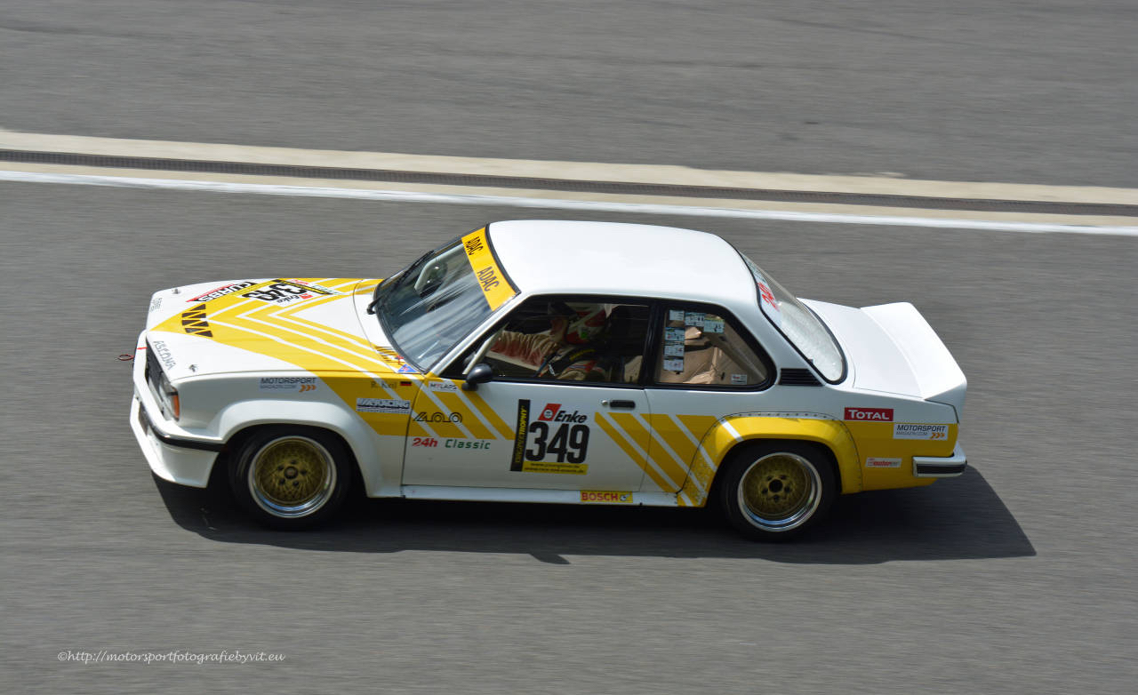 Youngtimer Trophy : Opel Ascona 400 en bagarre sur la Nordschleife 6