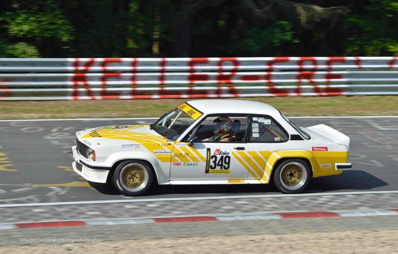 Youngtimer Trophy : Opel Ascona 400 en bagarre sur la Nordschleife 4