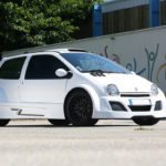 Twingo V8 Trophy Lazareth : Fallait bien qu'on en parle un jour !