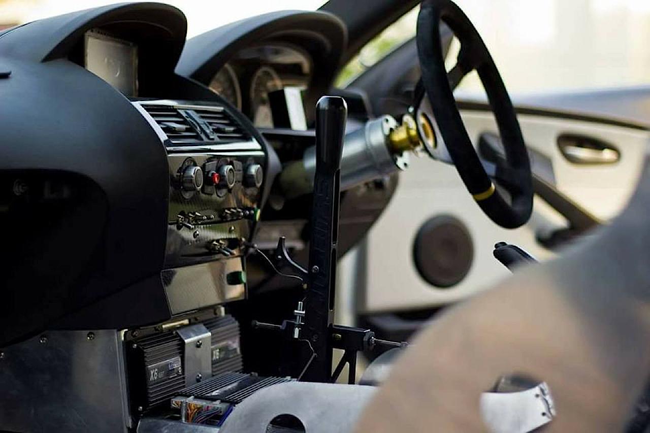 BMW M6 E63... Avec 6 Rotors à la place du V10 ! 13