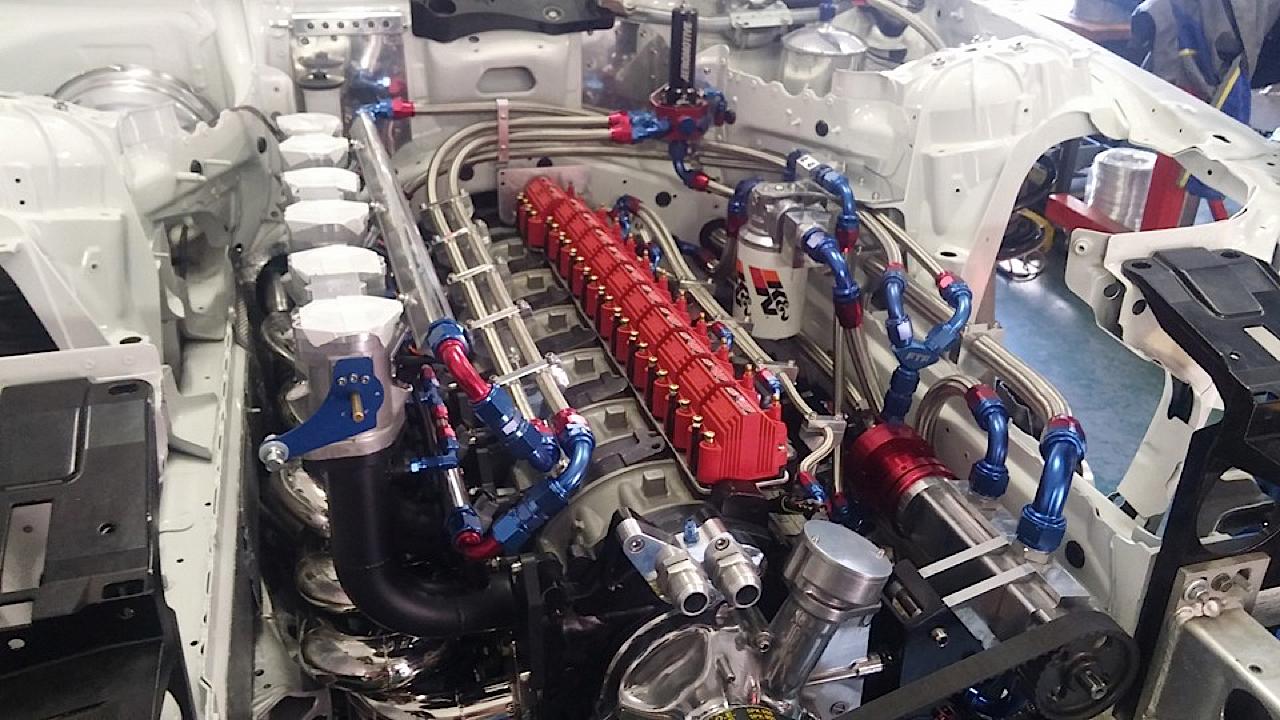 BMW M6 E63... Avec 6 Rotors à la place du V10 ! 4