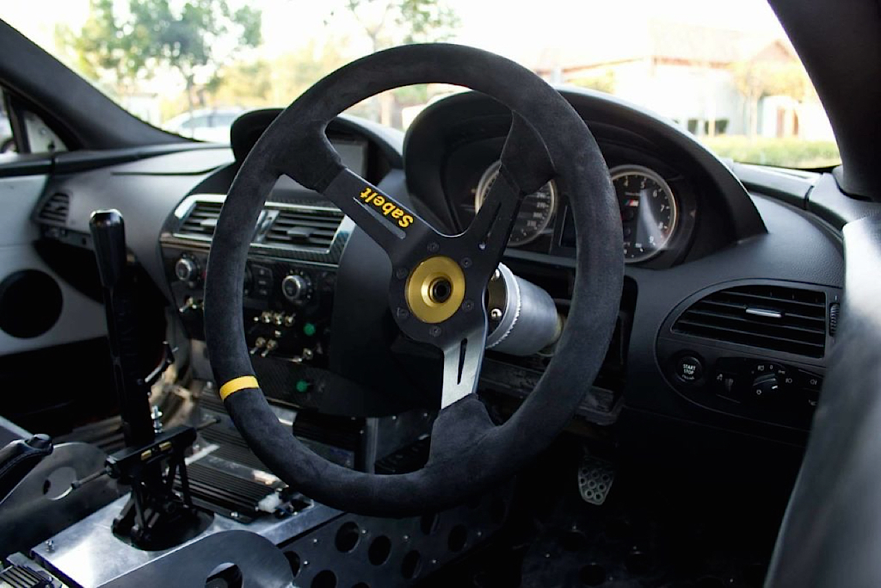 BMW M6 E63... Avec 6 Rotors à la place du V10 ! 6