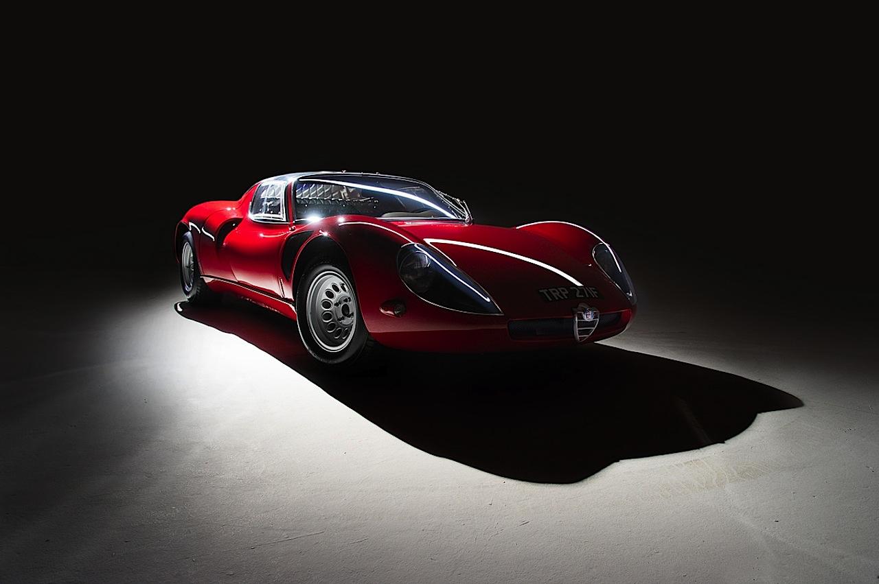 Alfa Romeo T33 Stradale... Oeuvre d'art sur roues ! 14